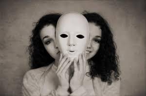 Birinin Arkasından Konuştuğunuz Zaman, O Sizi Duymuyor mu Sanıyorsunuz?